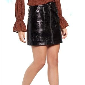 MINKPINK Vegan Leather Mini Skirt Black Size L